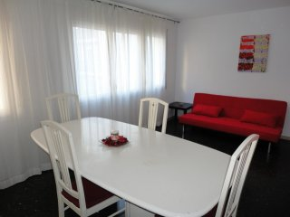 Street Bcn2,centrally and close to the beach - Salou vacation rentals