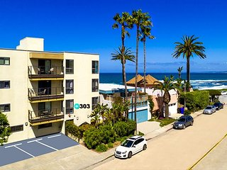 10% OFF JUNE - Charming 2BR Condo - Steps from the Beach & Walk to Town! - La Jolla vacation rentals