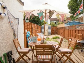 Charming 3 bedroom Cottage in Whitstable with Internet Access - Whitstable vacation rentals