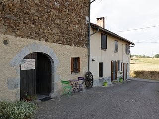 2 bedroom House with Internet Access in Maurs - Maurs vacation rentals