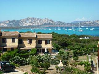 VILLETTA TRILO JANNA: comoda fronte mare - Asinara vacation rentals