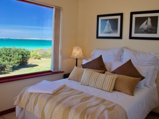 Perfect House with Internet Access and Satellite Or Cable TV - Saldanha vacation rentals