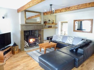 MULBERRY COTTAGE, stone-built terraced cottage, character features, woodburner - Haworth vacation rentals