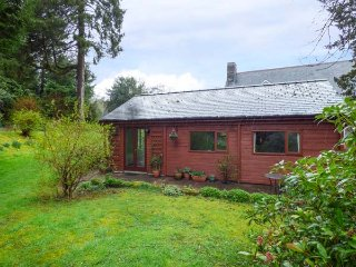 TY NAIN, detached chalet, all one floor, pet-friendly, WiFi, in Dolwyddelan - Dolwyddelan vacation rentals