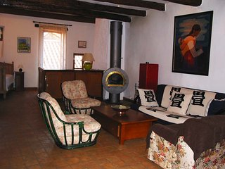 Bright 3 bedroom House in Nant - Nant vacation rentals