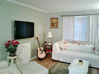 2 Bedroom Condo on the Sand Just South of Oceanside Pier - Oceanside vacation rentals