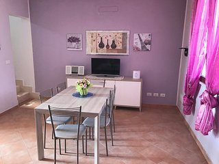 2 bedroom Condo with Internet Access in Sant'Isidoro - Sant'Isidoro vacation rentals