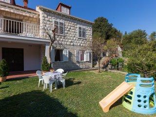 Apartment Rudenjak - One-Bedroom Apartment (A2+1) - Komolac vacation rentals