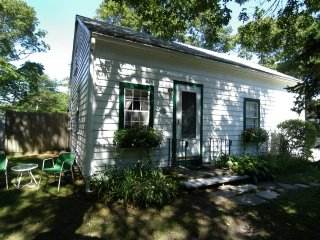 Efficiency weekly summer rental - South Yarmouth vacation rentals