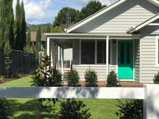 Spring Home - Our Place at Bright - Bright vacation rentals