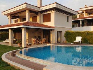 Bright 4 bedroom Villa in Davutlar - Davutlar vacation rentals