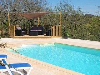 A beautiful two bedroom French house set in its own grounds with private pool. - Saint-Martin-de-Vers vacation rentals
