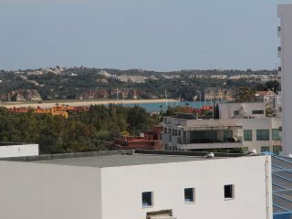 Apartment T1, very nice, close to the beaches, restaurants! 5 min walk - Praia da Rocha vacation rentals