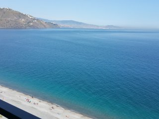 Velilla Beach fantastic sea view, SAT-TV, A/C, WiFi, Garage, first beach front - Almunecar vacation rentals