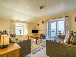 THE COACH HOUSE spacious, en-suite, views, close to beach, WiFi, Sennen Cove - Sennen Cove vacation rentals