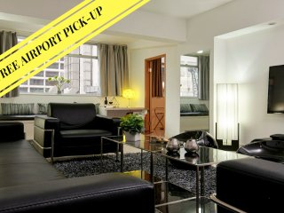 BIG'N'CENTRAL *TST*SUPERB LOCATION*FOR BIG GROUPS*LUXURY*4.5bed3.5bath - Hong Kong vacation rentals