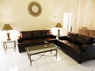 Lovely 3 Bed 2 Bath Pool Home in Woodridge. 1203WW - Orlando vacation rentals