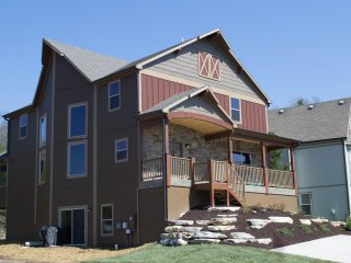 7 bedroom House with Internet Access in Hollister - Hollister vacation rentals