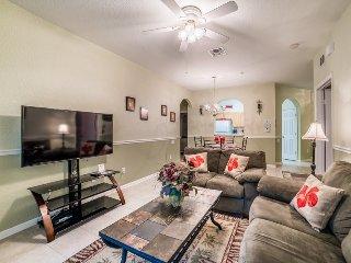 Ground Floor 2 Bedroom 2 Bath Condo in Windsor Hills. 2813AL-102 - Four Corners vacation rentals