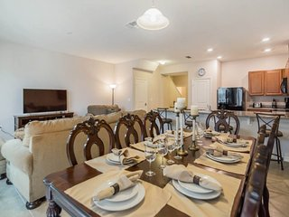 Perfect 4 Bedroom 3.5 Bathroom Town Home in Compass Bay. 5135CHD - Old Town vacation rentals
