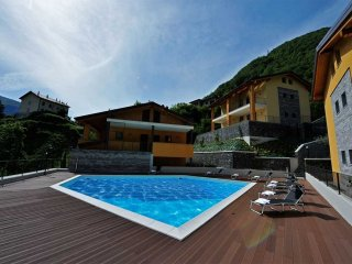 Lovely 3 bedroom Argegno Condo with Internet Access - Argegno vacation rentals