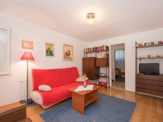 Apartment Zenić - Three Bedroom Apartment with Terrace and Garden View - Jadrija vacation rentals