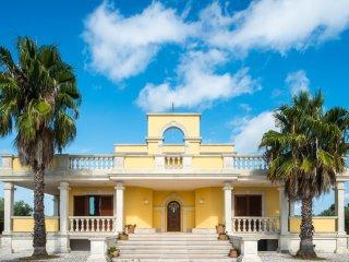 Villa Relais il Melograno - Intera proprietà - Arnesano vacation rentals