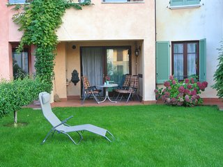 Nice Condo with Central Heating and Washing Machine - Peschiera del Garda vacation rentals