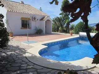Casa Buena Vista with excellent views, solitude, a/c, internet & heated pool - Villanueva de la Concepcion vacation rentals