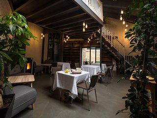Chambre d'hôte l'Arbre ,charme,luxe,calme au centre ville de Lens - Lens vacation rentals
