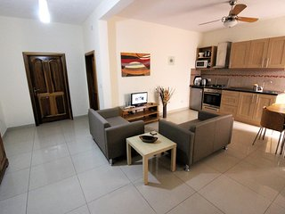 Comfortable 2 bedroom Apartment in Birzebbuga - Birzebbuga vacation rentals