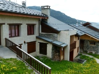 Chalet Pascale appartement - 9 personnes - Plan Peisey vacation rentals