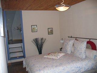 les chambres et tables d hotes du magasin de la coinche - Cherac vacation rentals