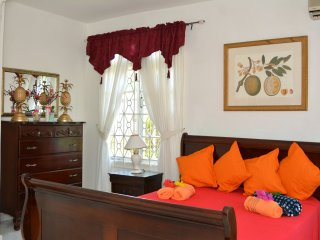 Paradise Palms Jamaica Villa Montego Bay - Montego Bay vacation rentals