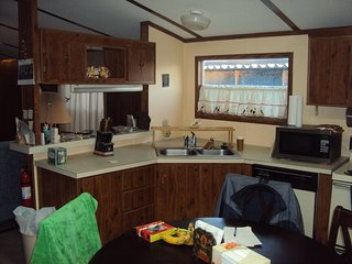 Nice 2 bedroom Caravan/mobile home in Mission - Mission vacation rentals