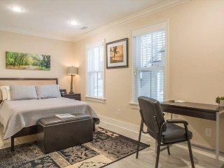 New Beautiful Home in the Heart of Downtown! - Savannah vacation rentals