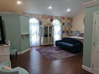 Cassie Anne Room the Inn at Southern Belle Farm, near Gatlinburg & Smoky Mtns. - Kodak vacation rentals