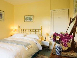 Knowles Farm house - Double Ensuite - Kilgetty vacation rentals