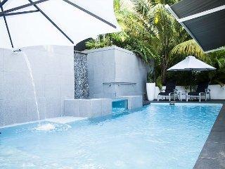 4 Bedrooms, 4.5 Bathrooms, Private Pool - La Loma vacation rentals