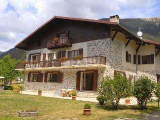 Chambres d'hôtes à la  montagne  à 1h de Nice - Valdeblore vacation rentals