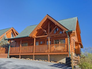 Storybook Place - Gorgeous cabin with a great view! - Sevierville vacation rentals
