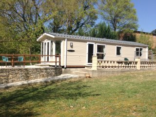 Beautiful mobile home set in the heart of a chasse reserve,with pool - Greffeil vacation rentals