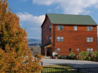 SHANGRI-LODGE - Sevierville vacation rentals