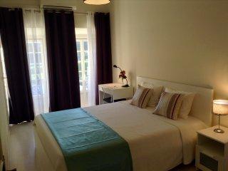 Bright 1 bedroom Apartment in Belem - Belem vacation rentals