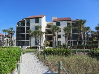 BEACH condo on Longboat Key near SARASOTA  !!! - Longboat Key vacation rentals