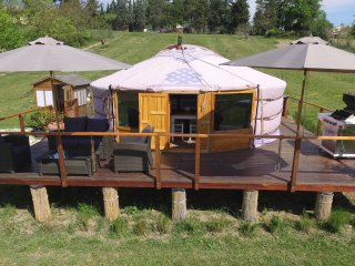 Romantic 1 bedroom Yurt in Catignano - Catignano vacation rentals
