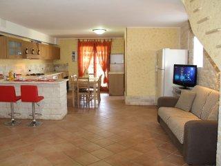 Open Space da Luca e Laura, a 7 minuti da Alghero - Olmedo vacation rentals