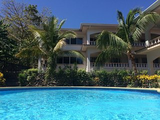 Ocean Breeze Updated Condo - Walking distance to the beach and restaurants - Playa Hermosa vacation rentals