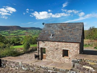 2 bedroom Cottage with Washing Machine in Abergavenny - Abergavenny vacation rentals
