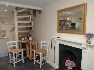 Charming 1 bedroom Cottage in Llangattock with Television - Llangattock vacation rentals